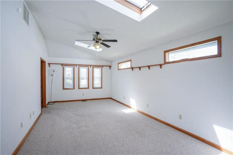 1317 Buckley Court Indianapolis IN 46229 | MLS 21707171 | photo 11
