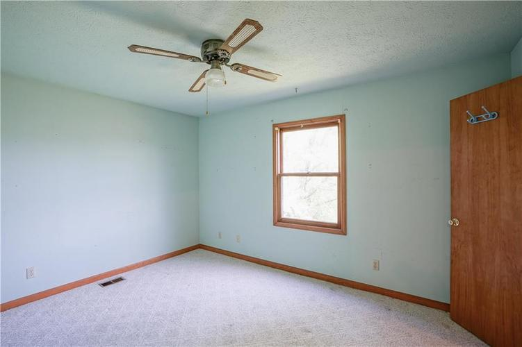 1317 Buckley Court Indianapolis IN 46229 | MLS 21707171 | photo 14