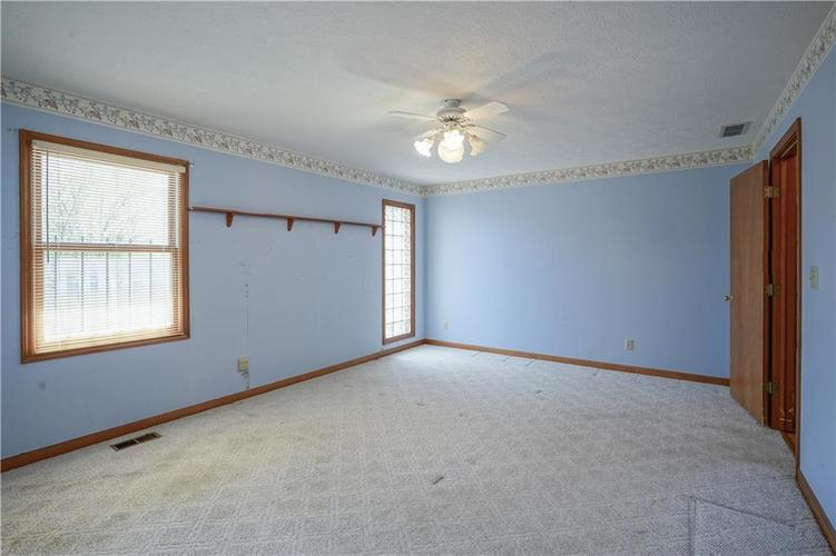 1317 Buckley Court Indianapolis IN 46229 | MLS 21707171 | photo 27