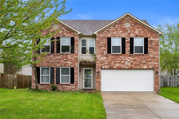 14314 Holly Berry Circle Fishers IN 46038 | MLS 21707177 | photo 1