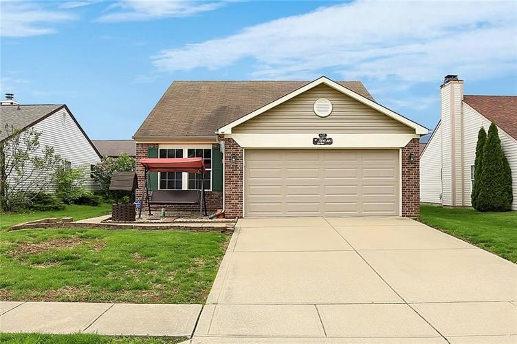 8432 Fort Sumter Drive Indianapolis IN 46227 | MLS 21707272 | photo 1
