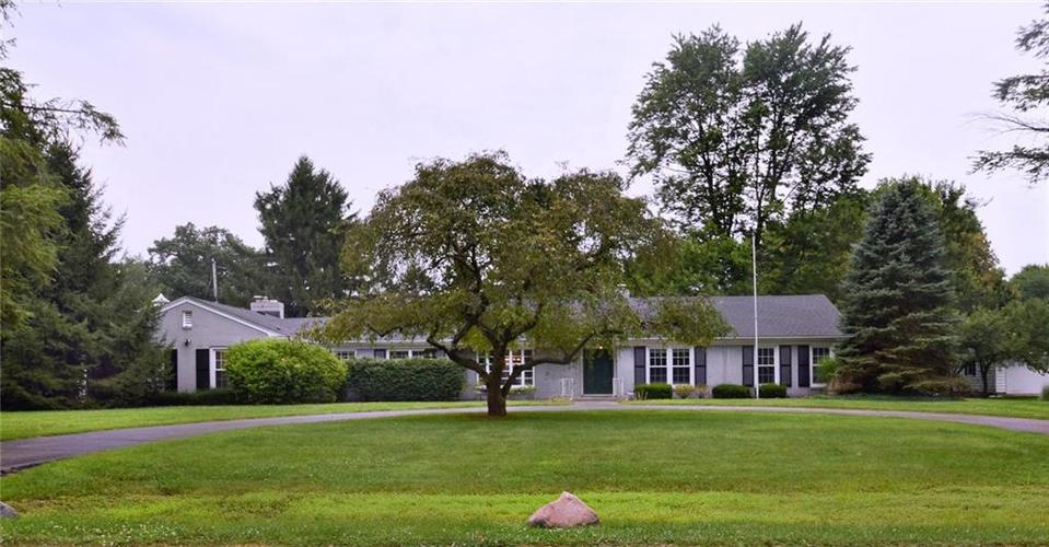 1015  Collingwood Drive Indianapolis, IN 46228 | MLS 21707357