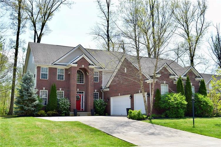 7621 Black Walnut Drive Avon IN 46123 | MLS 21707410 | photo 1