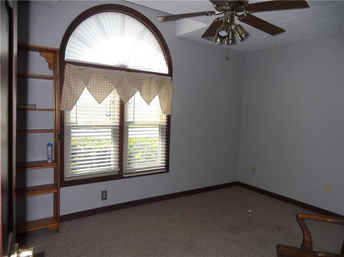 11860 Shannon Pointe Road Indianapolis IN 46229 | MLS 21707487 | photo 28