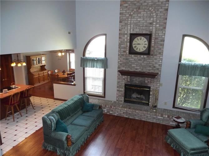11860 Shannon Pointe Road Indianapolis IN 46229 | MLS 21707487 | photo 7