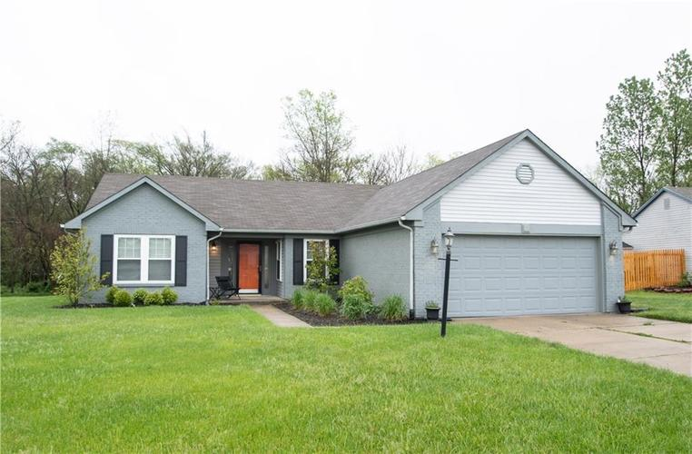 6731 Sextant Drive Indianapolis IN 46260 | MLS 21707498 | photo 1