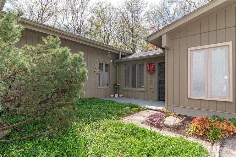 5411 E 62nd Street Indianapolis IN 46220 | MLS 21707550 | photo 1