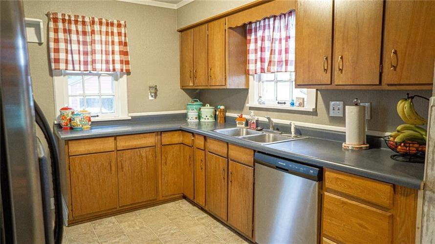 2335 S RITTER Avenue Indianapolis IN 46203 | MLS 21707559 | photo 10