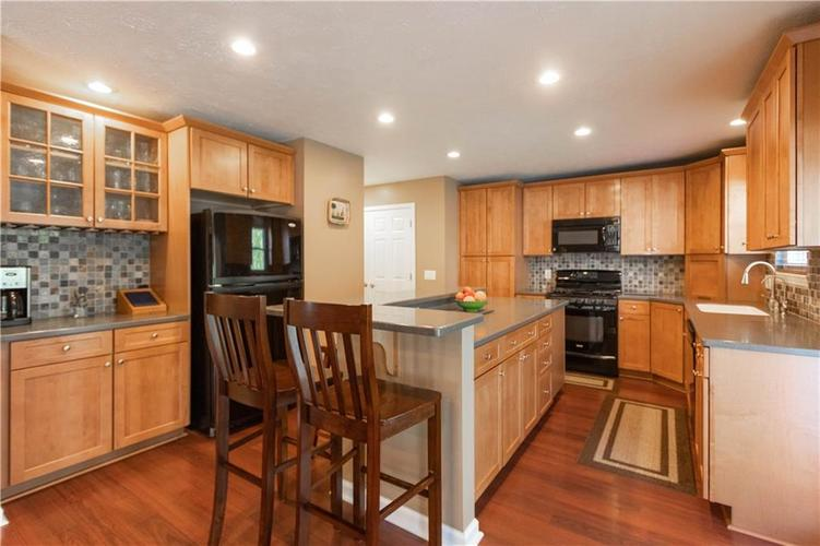 10167 Tybalt Drive Fishers IN 46038   MLS 21707580   photo 10