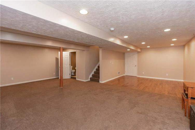 10167 Tybalt Drive Fishers IN 46038   MLS 21707580   photo 13