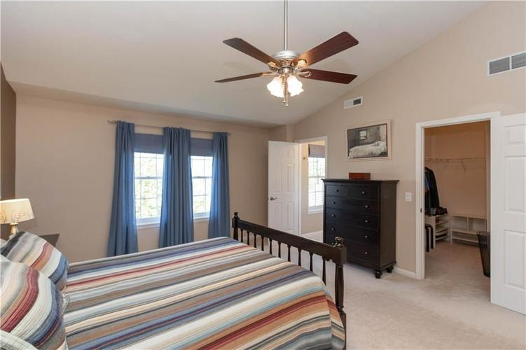 10167 Tybalt Drive Fishers IN 46038   MLS 21707580   photo 14