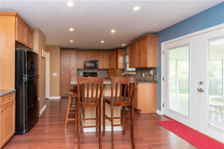 10167 Tybalt Drive Fishers IN 46038   MLS 21707580   photo 9