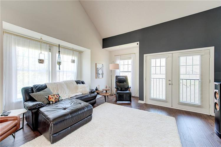 6552 Reserve Drive Indianapolis IN 46220 | MLS 21707669 | photo 6