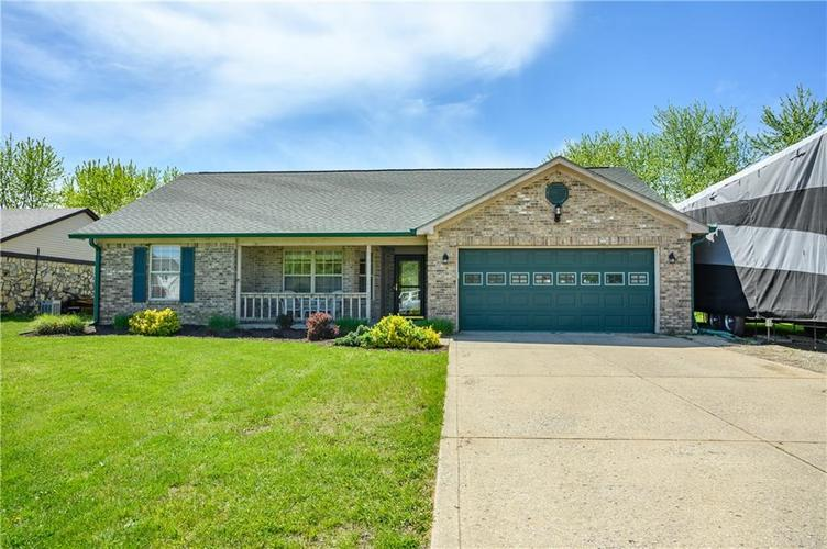 7802 Five Points Road Indianapolis IN 46259   MLS 21707917   photo 1