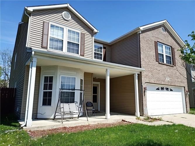 1835 Prairie Sky Lane Greenwood IN 46143 | MLS 21707938 | photo 1