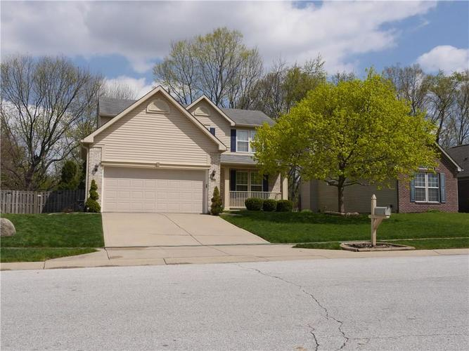 1317 Topp Creek Drive Indianapolis IN 46214 | MLS 21707948 | photo 2
