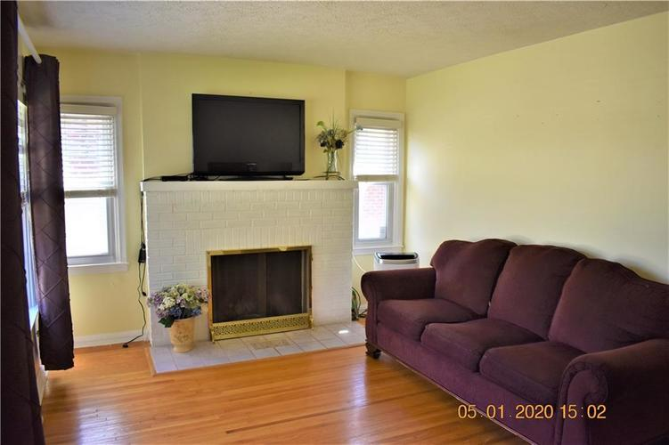 1242 N Downey Avenue Indianapolis IN 46219 | MLS 21707957 | photo 6
