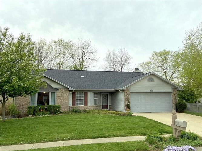 13920 Brightwater Drive Fishers IN 46038   MLS 21707967   photo 1