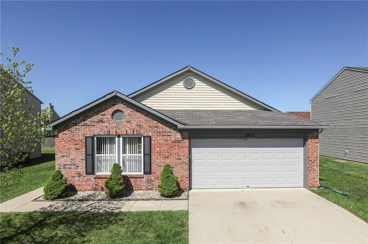 5654 Grassy Bank Drive Indianapolis IN 46237   MLS 21707973   photo 1