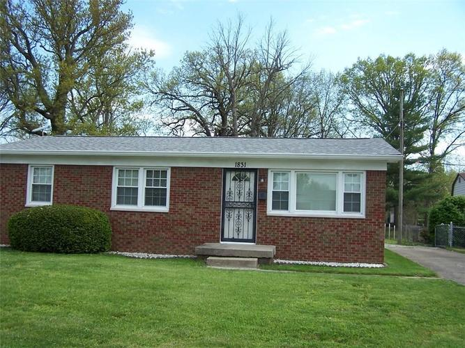 1831 Martin Street Indianapolis IN 46237 | MLS 21708031 | photo 1