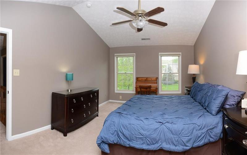 12018 Glen Cove Drive Indianapolis IN 46236 | MLS 21708155 | photo 25