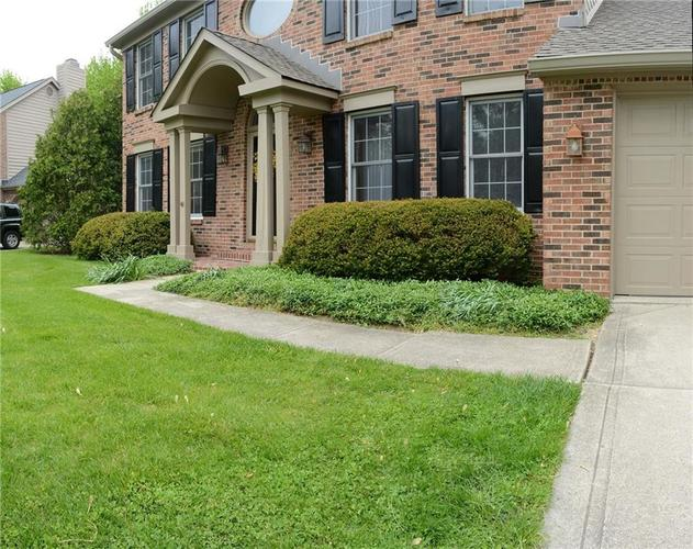 12018 Glen Cove Drive Indianapolis IN 46236 | MLS 21708155 | photo 4