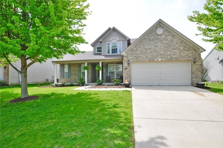 2362 Willowview Drive Indianapolis IN 46239 | MLS 21708160 | photo 1