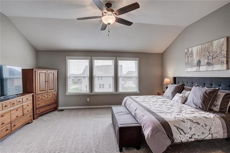 10030 COPPER SADDLE Fishers IN 46040 | MLS 21708178 | photo 25