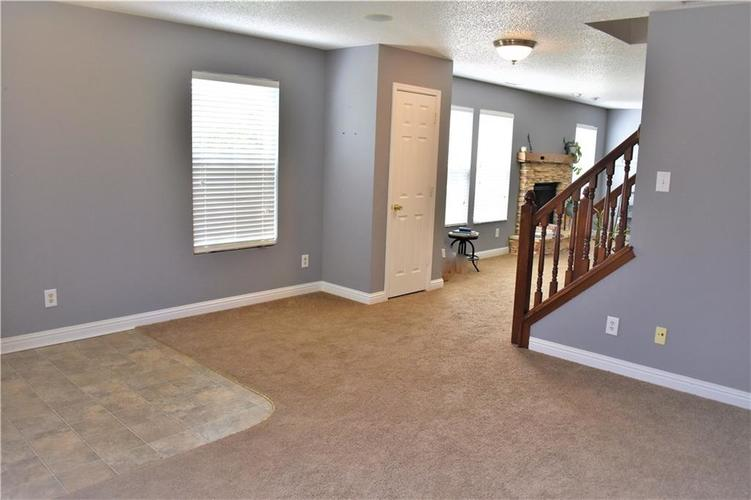 8550 Gold Rush Way Camby IN 46113 | MLS 21708210 | photo 10
