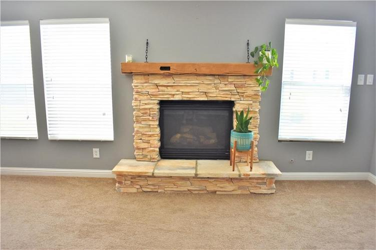 8550 Gold Rush Way Camby IN 46113 | MLS 21708210 | photo 12