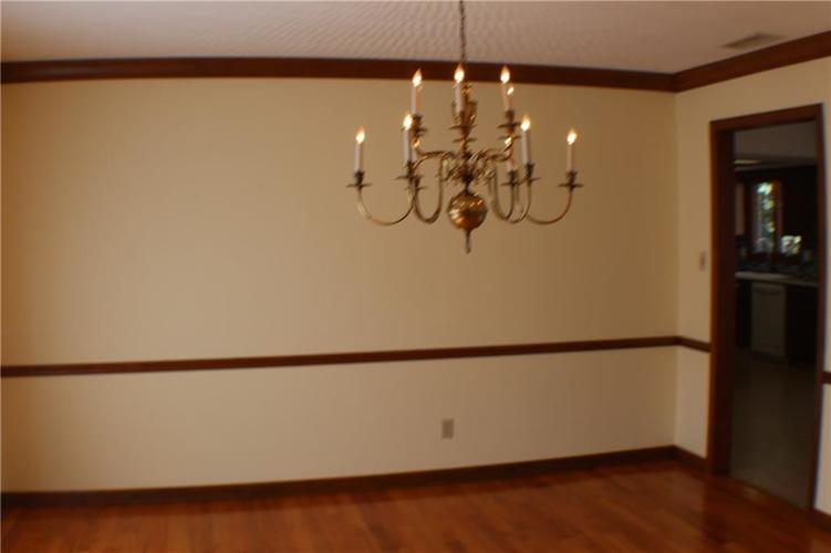 1958 Inverness Place Greenwood IN 46143 | MLS 21708242 | photo 22