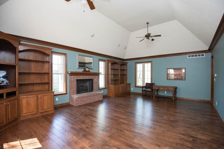 3274 Highpoint Court Greenwood IN 46143 | MLS 21708243 | photo 10