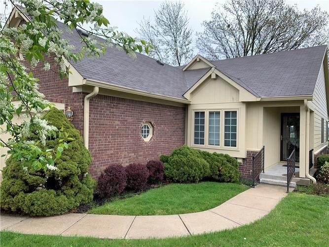 1037 PEPPERMILL Greenwood IN 46143 | MLS 21708279 | photo 1
