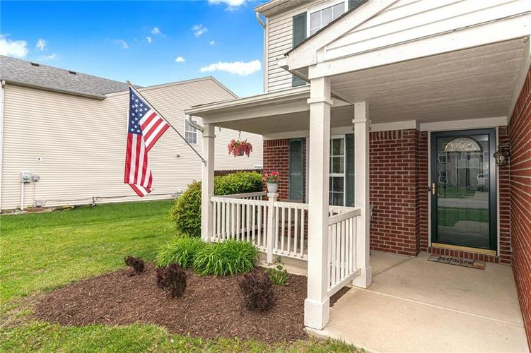 8724 BLOOMING GROVE Drive Camby IN 46113 | MLS 21708382 | photo 2