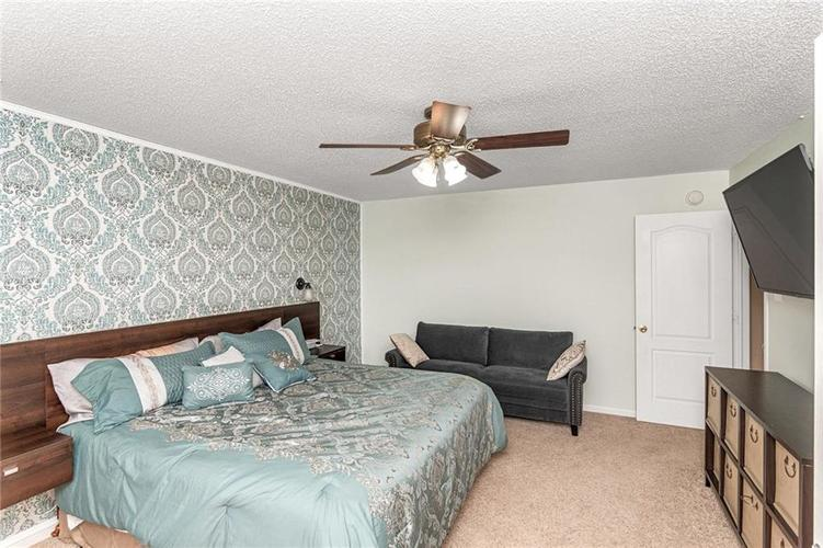 8724 BLOOMING GROVE Drive Camby IN 46113 | MLS 21708382 | photo 22