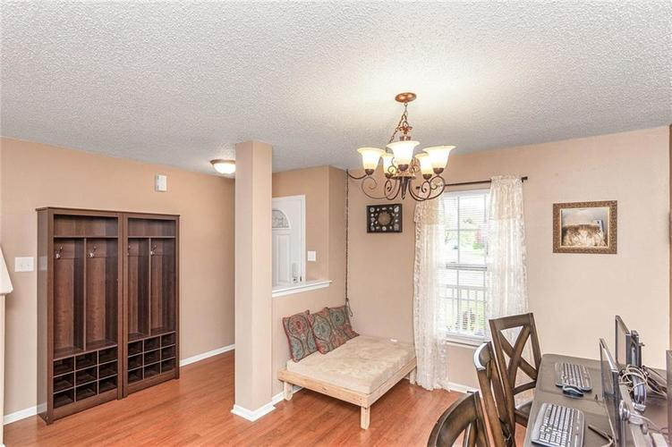 8724 BLOOMING GROVE Drive Camby IN 46113 | MLS 21708382 | photo 6