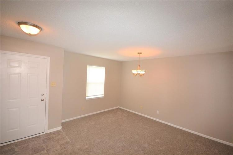 8412 S Shady Trail Drive Pendleton IN 46064 | MLS 21708399 | photo 5