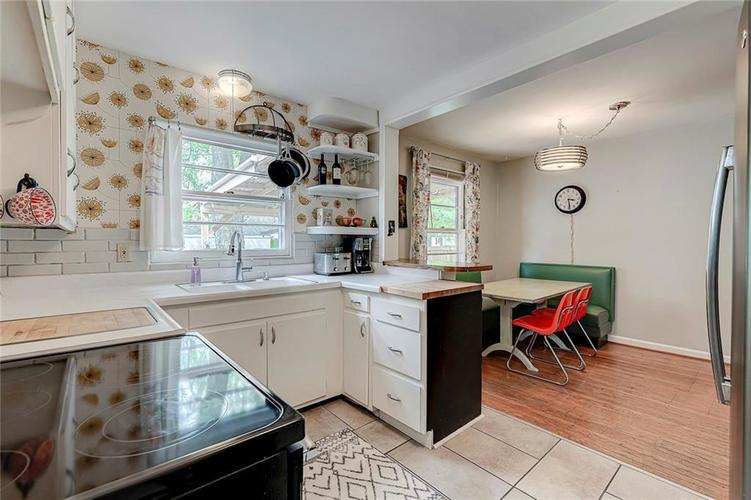 2028 Burch Drive Indianapolis IN 46220 | MLS 21708450 | photo 13