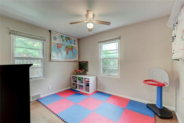 2028 Burch Drive Indianapolis IN 46220 | MLS 21708450 | photo 17