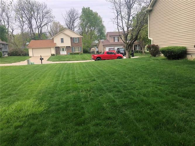 3701 W 43RD Terrace Indianapolis IN 46228 | MLS 21708475 | photo 20
