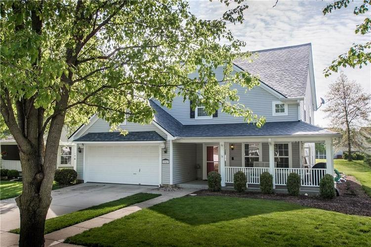 15543 BETHESDA Circle Westfield IN 46074 | MLS 21708500 | photo 2