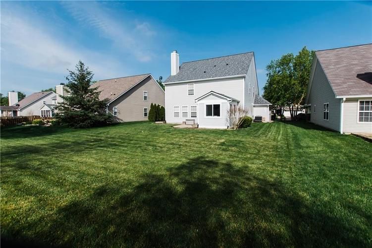 15543 BETHESDA Circle Westfield IN 46074 | MLS 21708500 | photo 25