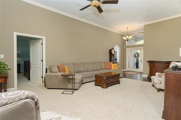 6623 Stone Pointe Way Indianapolis IN 46259   MLS 21708504   photo 10