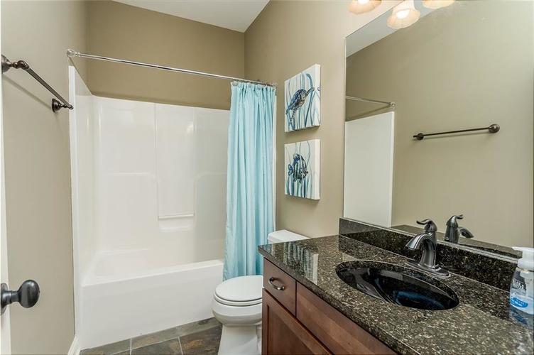 6623 Stone Pointe Way Indianapolis IN 46259   MLS 21708504   photo 15