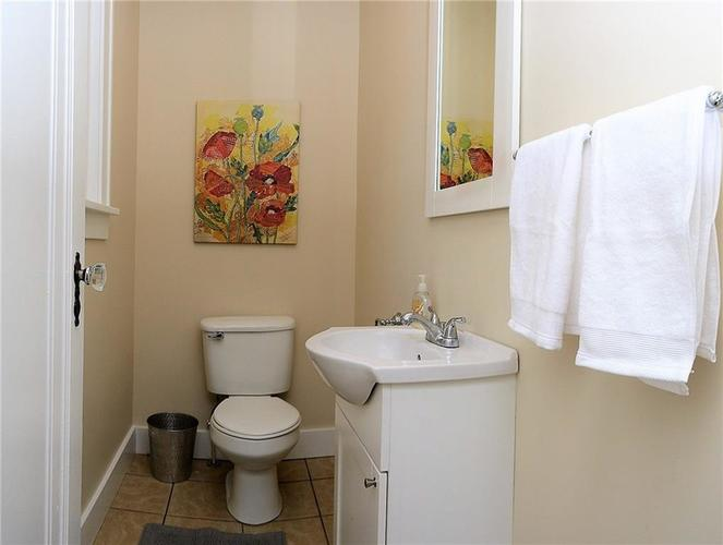 6042 Kingsley Drive Indianapolis IN 46220 | MLS 21708573 | photo 13