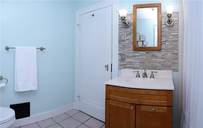 6042 Kingsley Drive Indianapolis IN 46220 | MLS 21708573 | photo 19