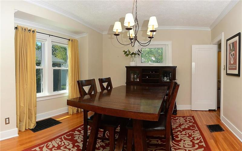 6042 Kingsley Drive Indianapolis IN 46220 | MLS 21708573 | photo 7