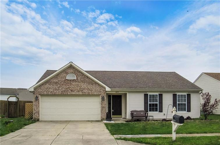 1079 Spring Meadow Court Franklin IN 46131 | MLS 21708616 | photo 1