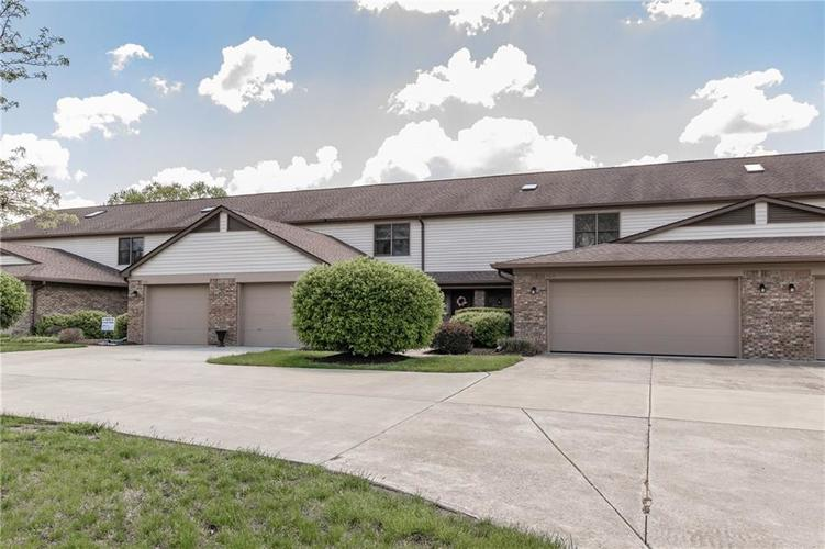 7037 Sea Oats Lane Indianapolis IN 46250 | MLS 21708664 | photo 1