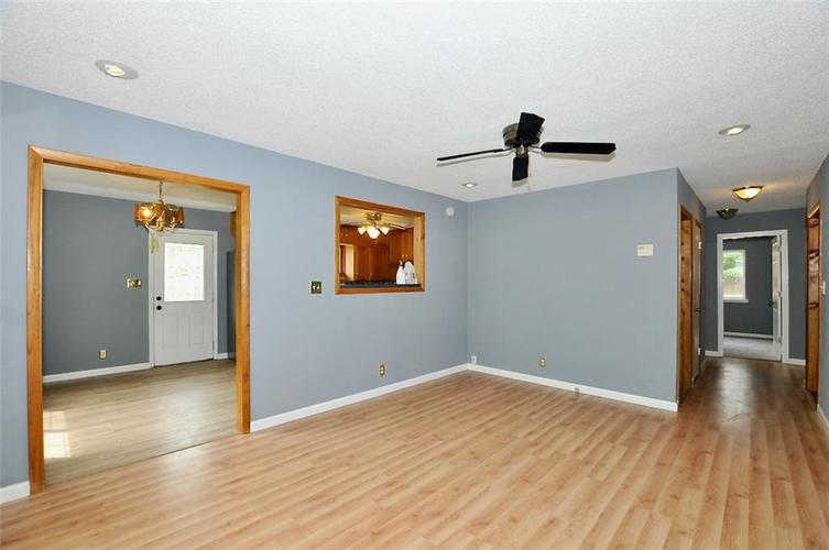 3538 Pinecrest Road Indianapolis IN 46234   MLS 21708695   photo 27